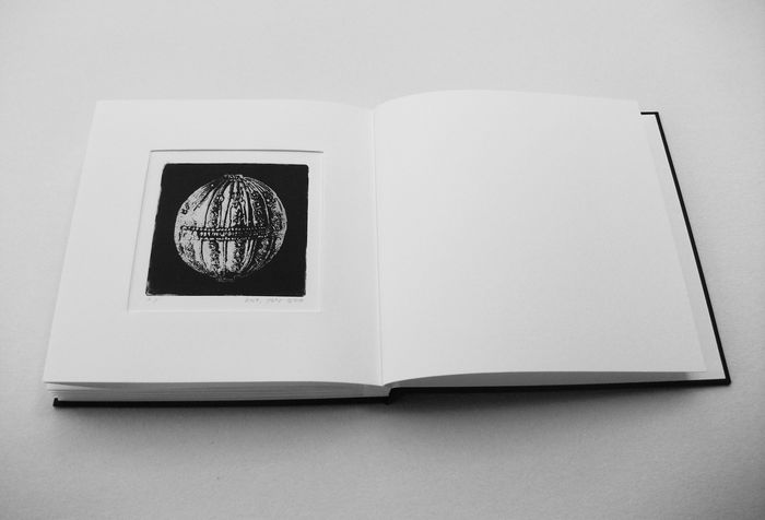book A 7 engraving book - etching & embossed of  beads that left there